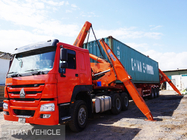 China TITAN  20ft 40ft xcmg Self Loading Container Truck Trailer , xcmg side lifter trailer factory