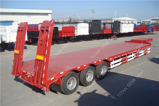 China Tri - axle heavy duty utility low bed  trailer 60 tons with ramps and fuwa axles factory